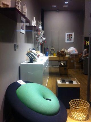 Avant ouverture la chaise Magritte