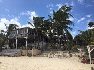 Papaya vue de la plage